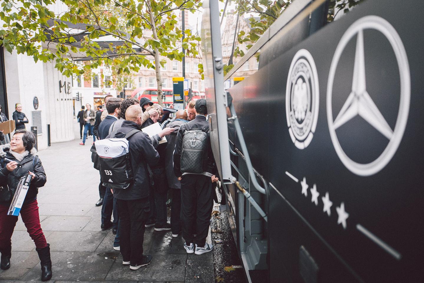 Der DFB Manschaftsbus